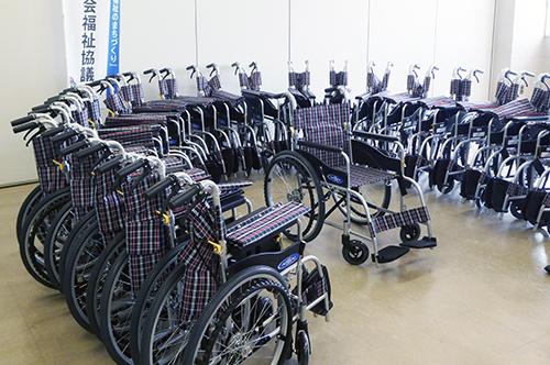 足利 車椅子寄付